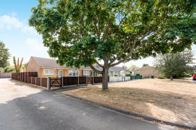 Thumbnail Bungalow for sale in Yateley, Hampshire