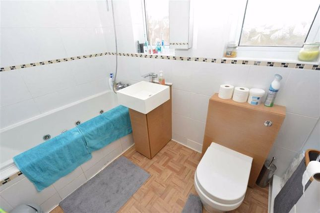 Family Bathroom of Northwood, Chadwell St Mary, Essex RM16