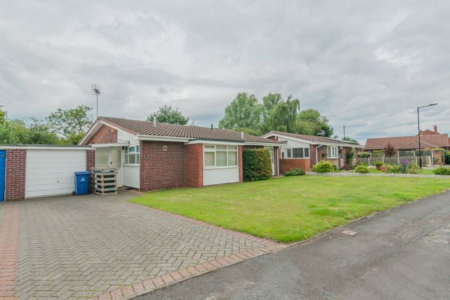 Thumbnail 3 bedroom detached bungalow to rent in Church Fields Road, Rossington, Doncaster