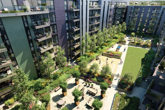 Picture No. 01 of Greenwich Square - Courtyard, Hawthorne Crescent, Greenwich, London SE10