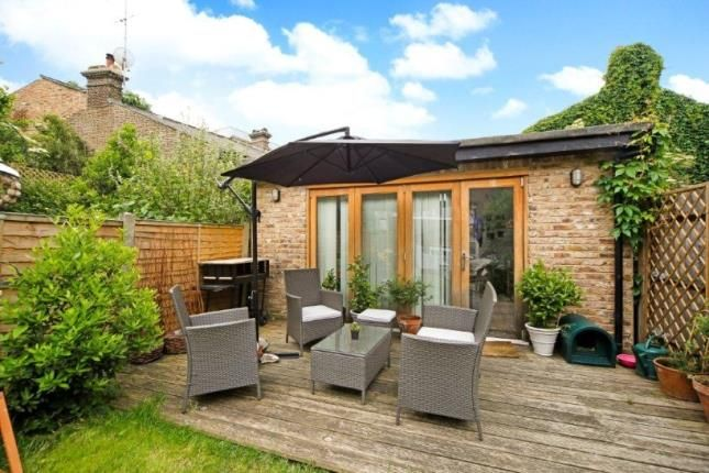 Summer House of Victoria Rise, Clapham, London SW4