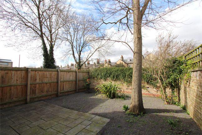 Picture No. 02 of Eden Street Backway, Cambridge, Cambridgeshire CB1