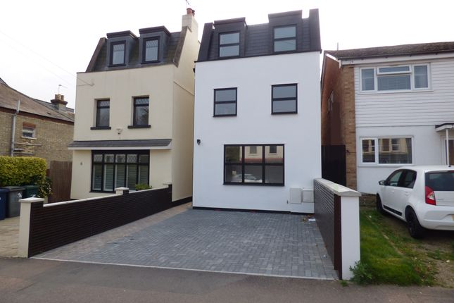 3 bed detached house for sale in Victoria Road, New Barnet