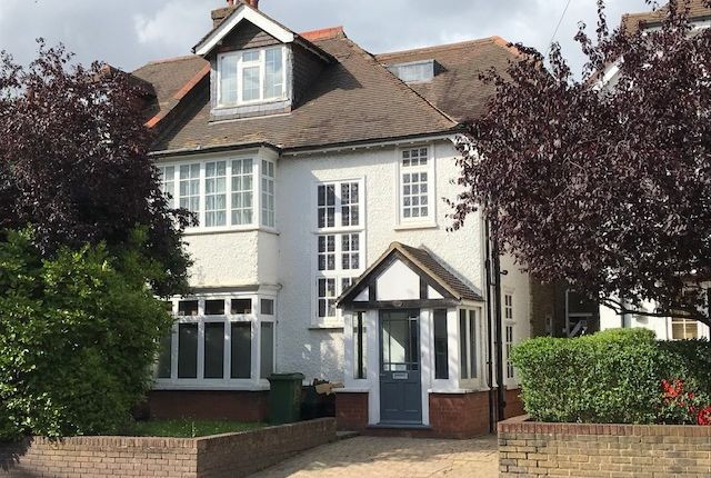 Thumbnail Flat to rent in Page Heath Lane, Bickley