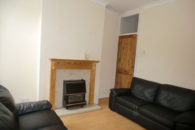 Thumbnail Terraced house to rent in Hollis Road, Stoke, Coventry, West Midlands