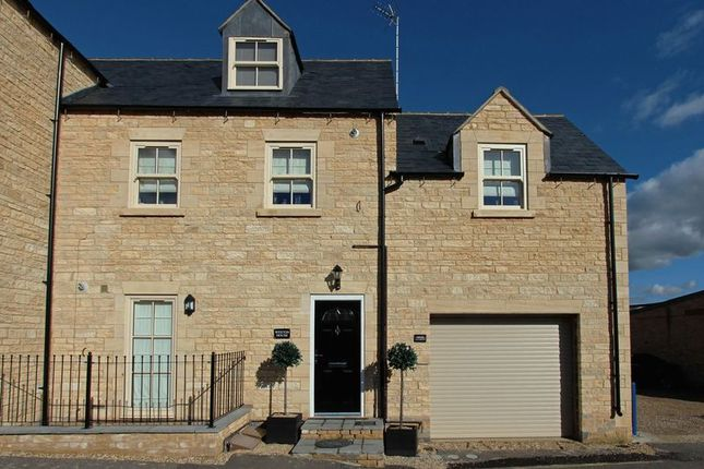 Thumbnail Flat to rent in Gas Street, Stamford