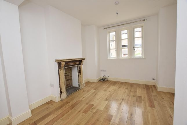 Thumbnail Semi-detached house to rent in Oldbury Road, Tewkesbury, Gloucestershire