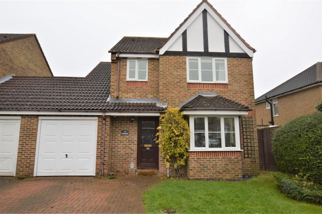 Thumbnail Link-detached house to rent in Manor Way, Croxley Green, Rickmansworth