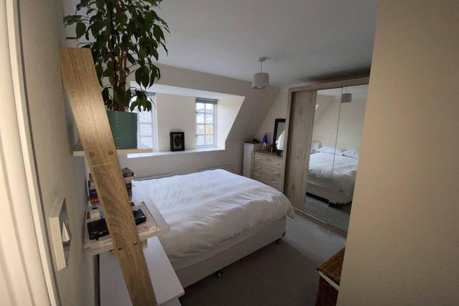 Bedroom 1 (With Ensuite Shower Room)