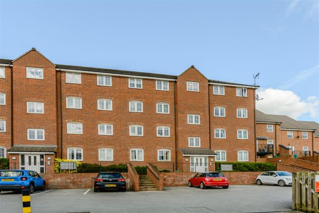 Flat for sale in Fenton Place, Middleton, Leeds