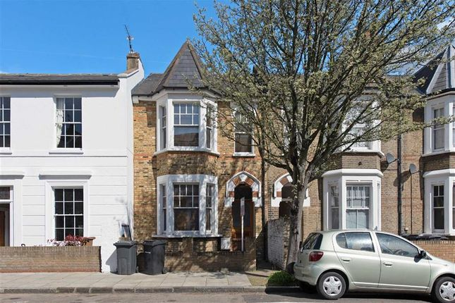 Thumbnail Terraced house for sale in Lenthall Road, London
