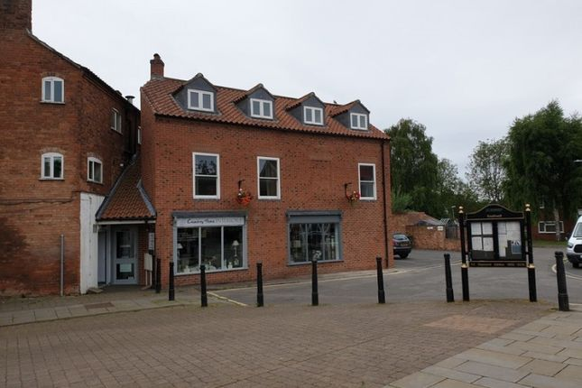Thumbnail Flat to rent in 3, Market Square, Southwell
