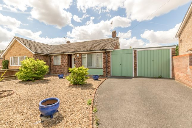 Thumbnail Semi-detached bungalow for sale in Farm Road, Abingdon, Oxfordshire