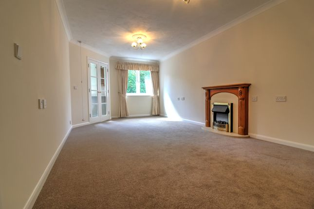 Living Room 4 of London Road, Patcham, Brighton BN1