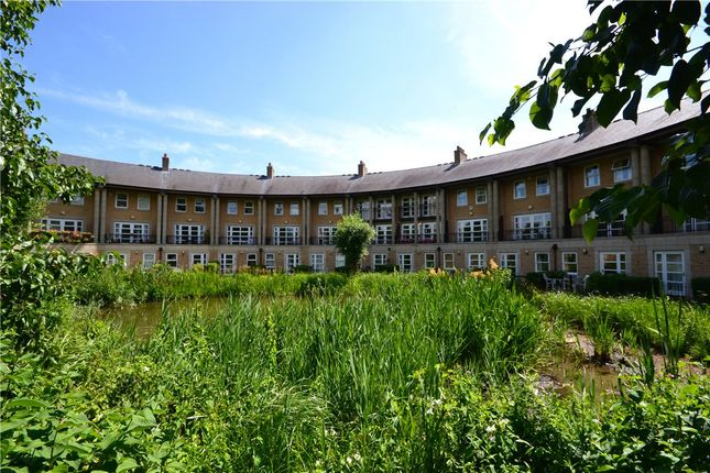 Thumbnail Terraced house to rent in The Crescent, Storeys Way, Cambridge