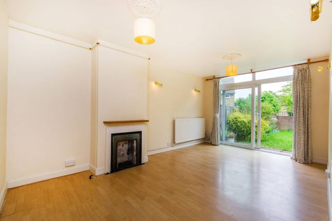 Thumbnail Terraced house to rent in Crowmarsh Gardens, Forest Hill