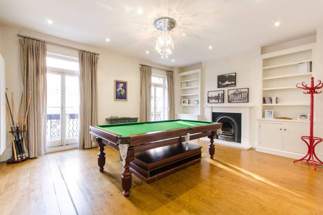 Thumbnail Flat for sale in Earls Court Square, Earls Court
