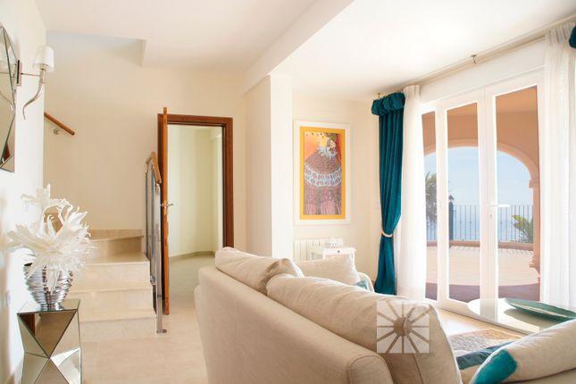 Villa for sale in Cumbre Del Sol, Valencia, Spain