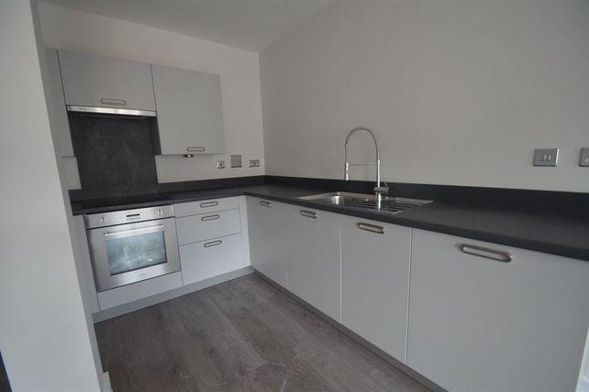Thumbnail Flat to rent in Geneva House, Park Road, Peterborough