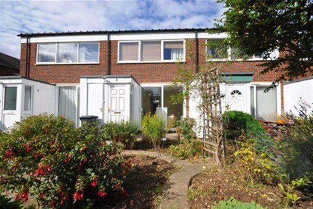 Thumbnail Flat to rent in Bearton Road, Hitchin