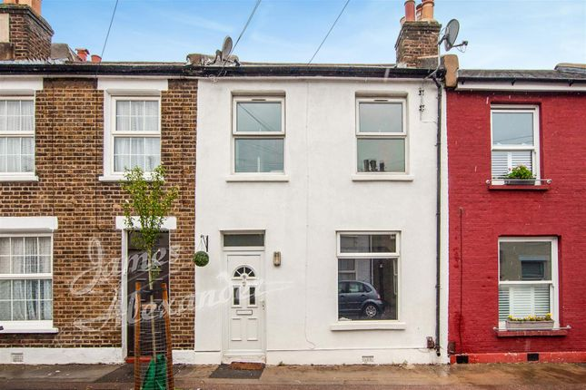 Thumbnail Property for sale in Percy Road, London