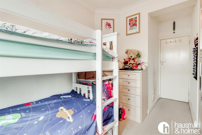 12_Bedroom 3-1 of Woodlands, London NW11