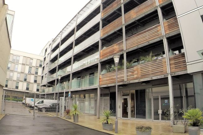 Thumbnail Flat for sale in Merryweather Place, Greenwich, London
