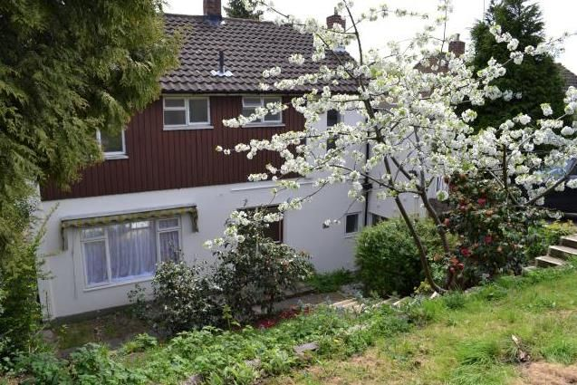 Thumbnail Detached house to rent in Pampisford Road, Purley