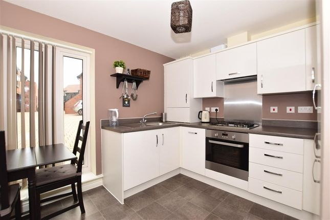 Thumbnail Flat for sale in Derby Drive, West Malling, Kent