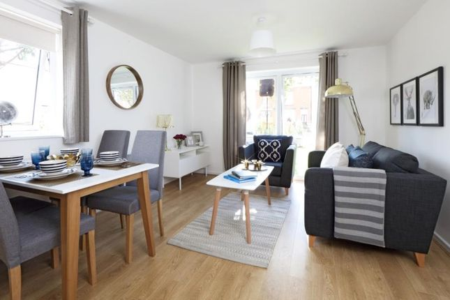 Thumbnail Flat to rent in Ermine Close, Worsley, Manchester