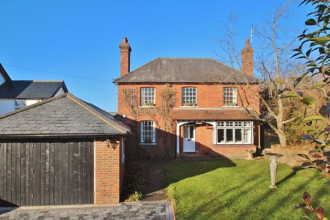 Thumbnail Detached house for sale in Sparrows Green, Wadhurst