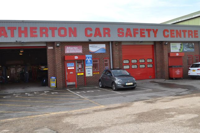 Thumbnail Commercial property for sale in Reputable Vehicle Service Provider M46, Atherton, Manchester