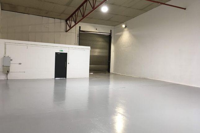 Thumbnail Warehouse to let in Unit 8, Buzzard Creek Industrial Estate, Barking