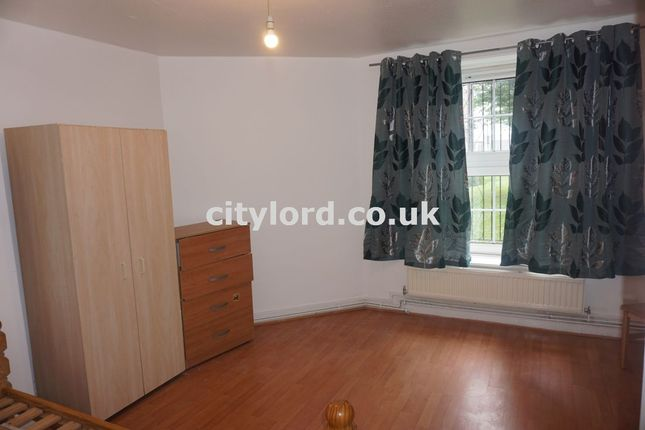 Thumbnail Shared accommodation to rent in Pott Street, London