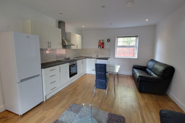 Thumbnail Flat to rent in Scott Street, Leicester