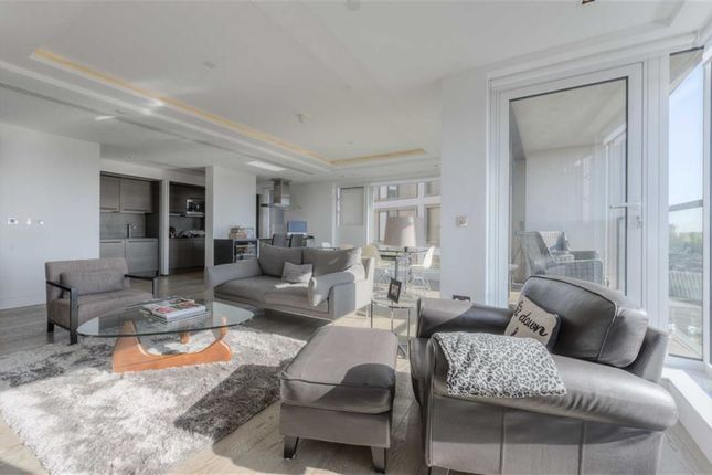 Thumbnail Property for sale in Wolfe House, Kensington, London