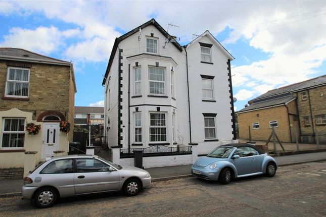 Thumbnail Property to rent in Osborne Road, East Cowes