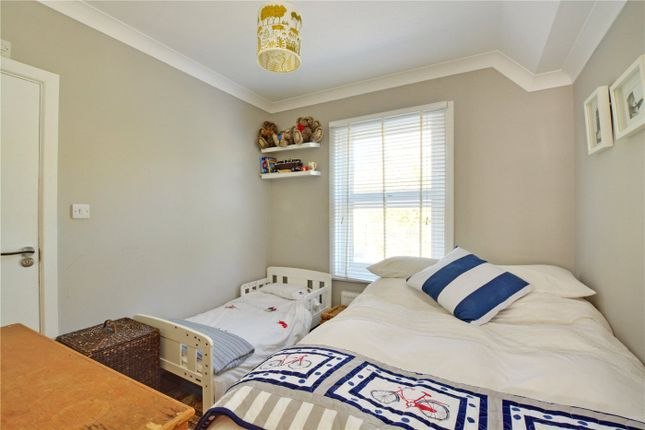 Bedroom of Straightsmouth, Greenwich SE10