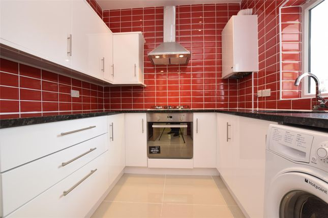 Thumbnail Flat to rent in The Firs, Jubilee Road, Orpington