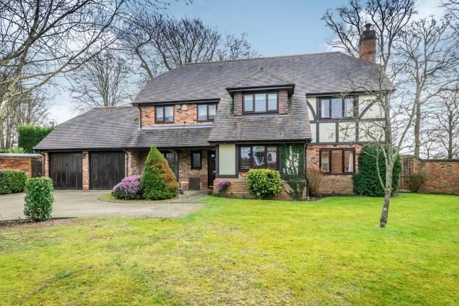 Thumbnail Detached house for sale in Forest Road, Colgate, Horsham