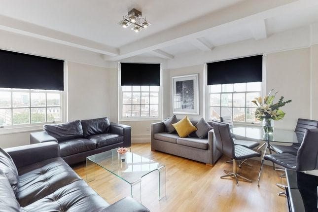 3 bed flat to rent in Great Cumberland Place, London W1H