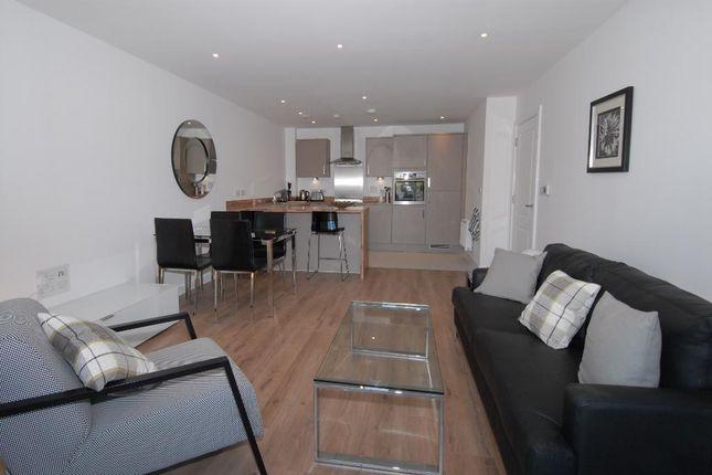 Thumbnail Flat to rent in Kingston Road, Wimbledon Chase