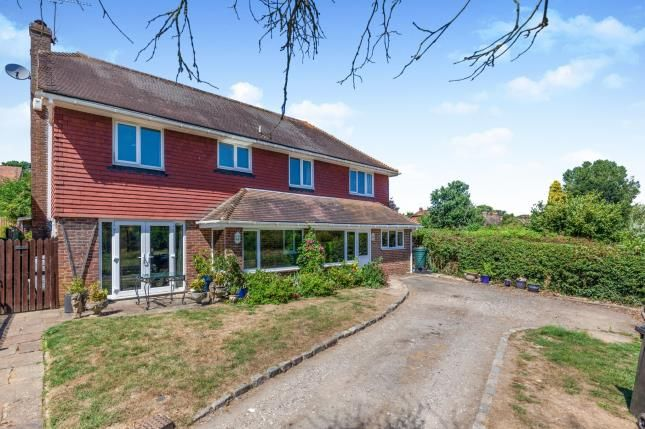 Thumbnail Detached house for sale in Willow Close, Ludpit Lane, Etchingham, East Sussex