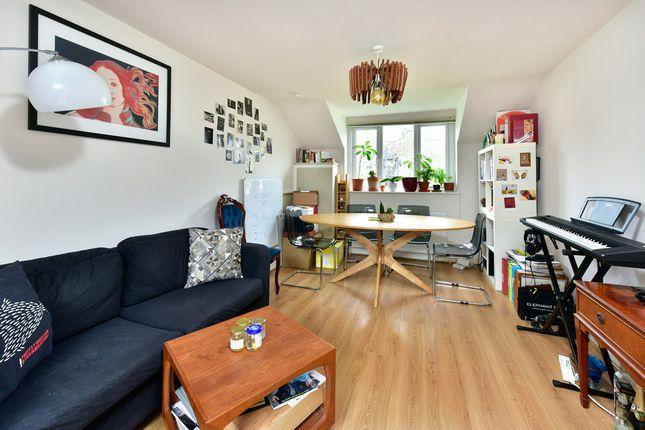 Thumbnail Flat to rent in Ryder Mews, London