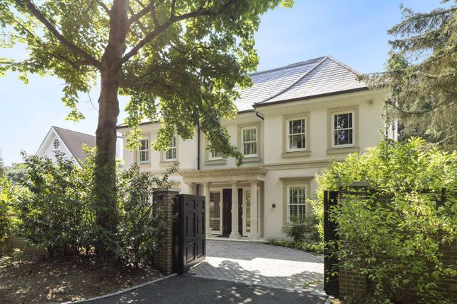 Thumbnail Detached house to rent in 8 Edgecoombe Close, Kingston Upon Thames, Surrey