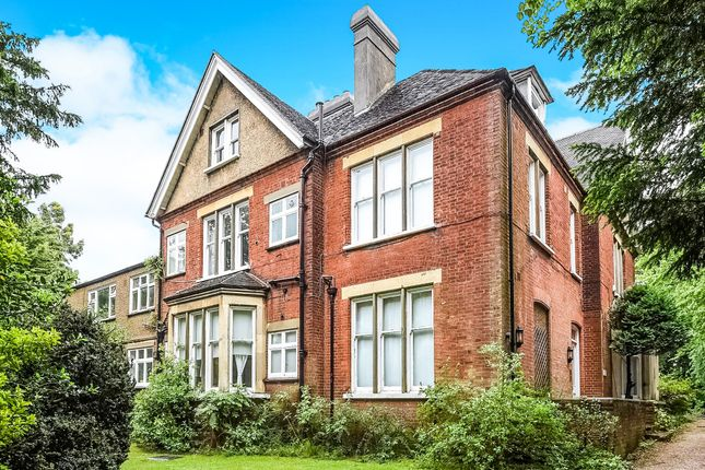 Thumbnail Flat for sale in Langley Park Road, Sutton