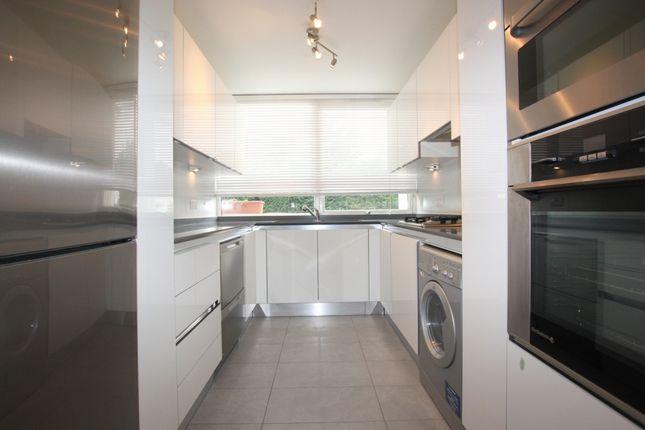 Thumbnail Flat to rent in Hendon Hall Court, Parson Street, Hendon