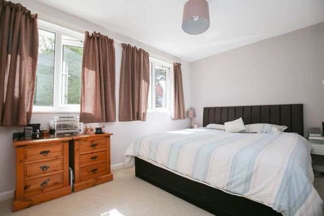 Photo 17 of Mason Close, East Grinstead, West Sussex RH19