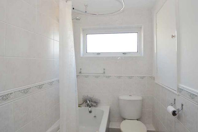Bathroom of Trefusis Road, Falmouth TR11