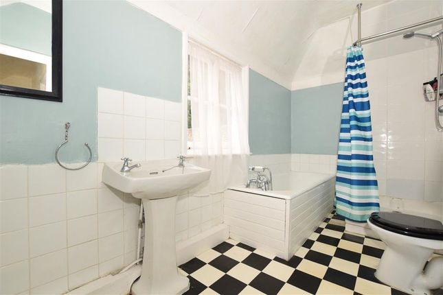 Bathroom of Lower Road, East Farleigh, Maidstone, Kent ME15